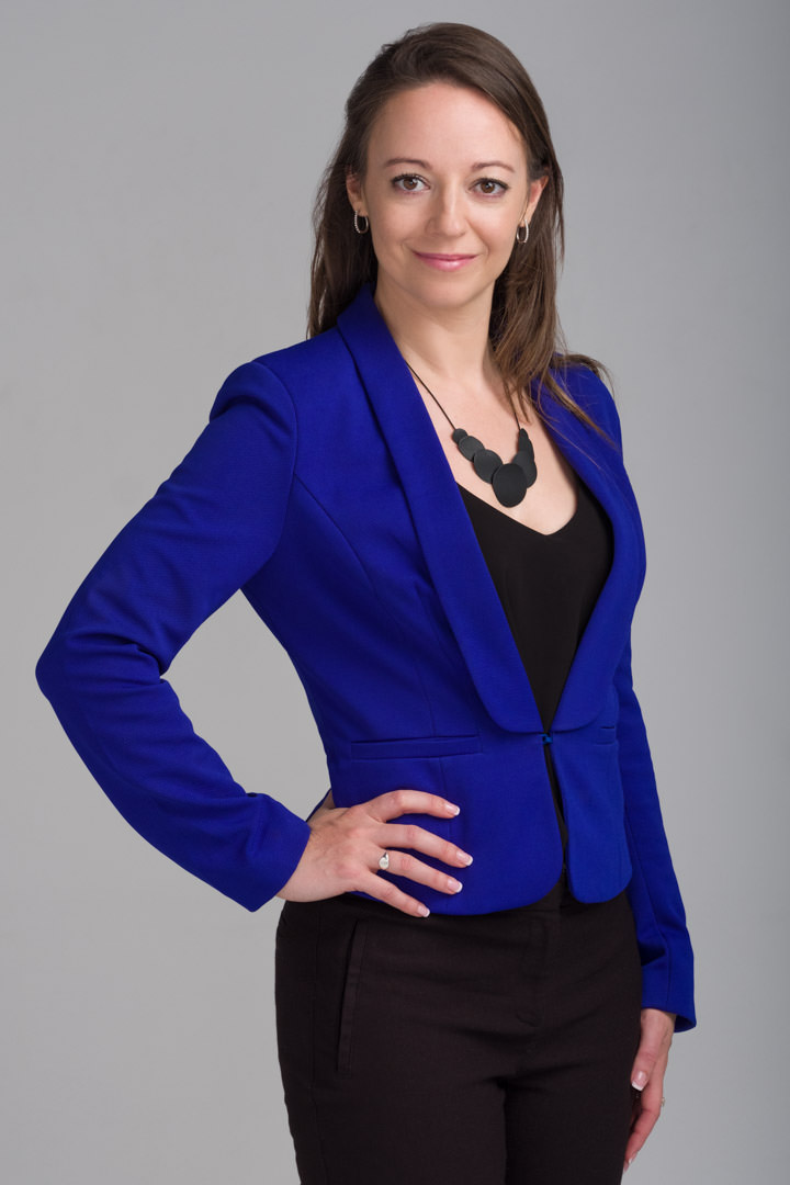 Corporate-portrait-of-woman-Liz-Foley-SNC-Lavalin