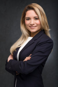 linkedin-portrait-young-female-professional